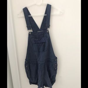 Cute overall shorts!